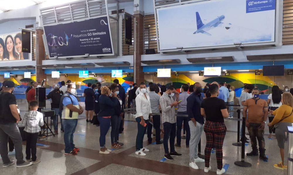 """Arranca hoy """"viajes sin destino"""" en RD"""