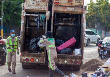 Ayuntamiento de SDE asume el control directo de la recolección de desechos en el municipio