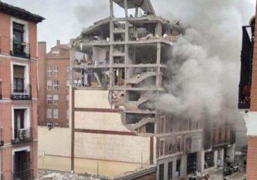 Video | Fuerte explosión en un edificio en el centro de Madrid