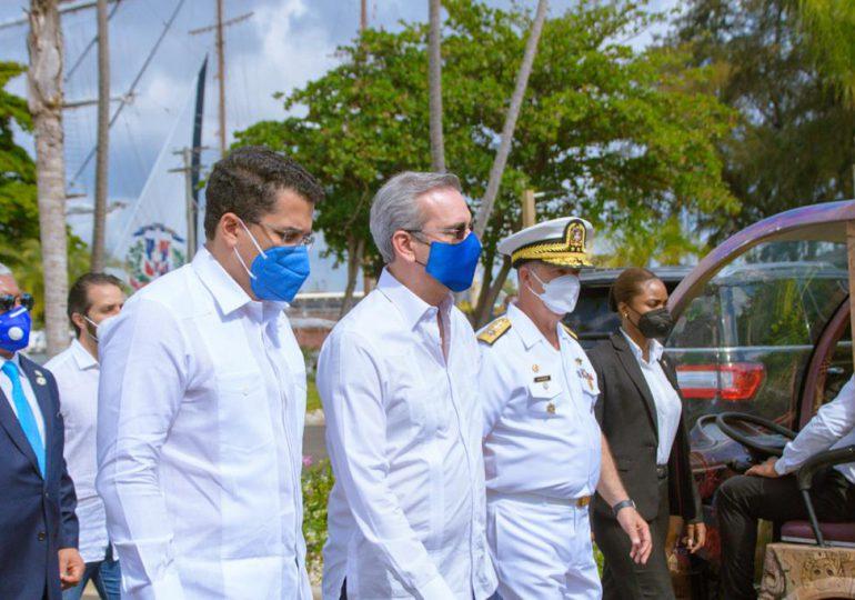 Gobierno entrega  local club de oficiales de la Armada Dominicana