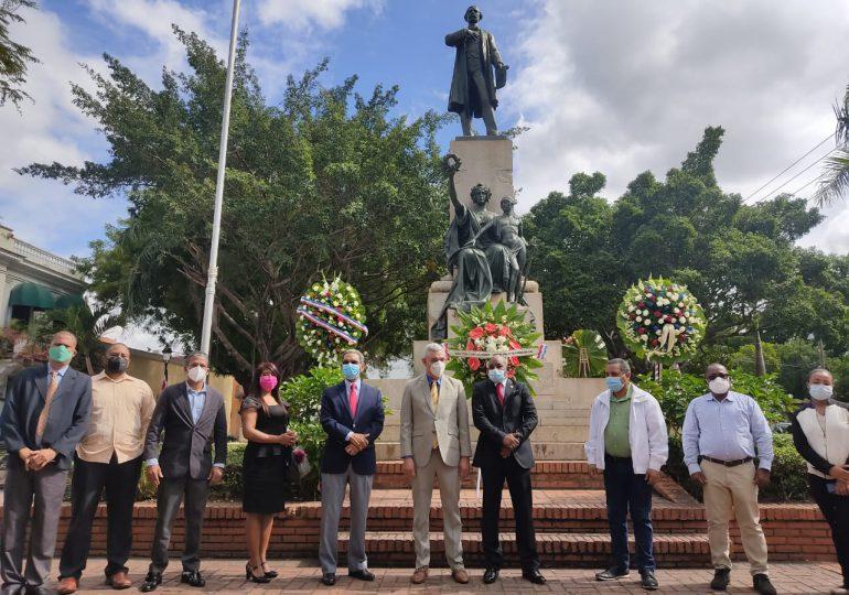 VIDEO | Bloque de Diputados honran memoria de Juan Pablo Duarte