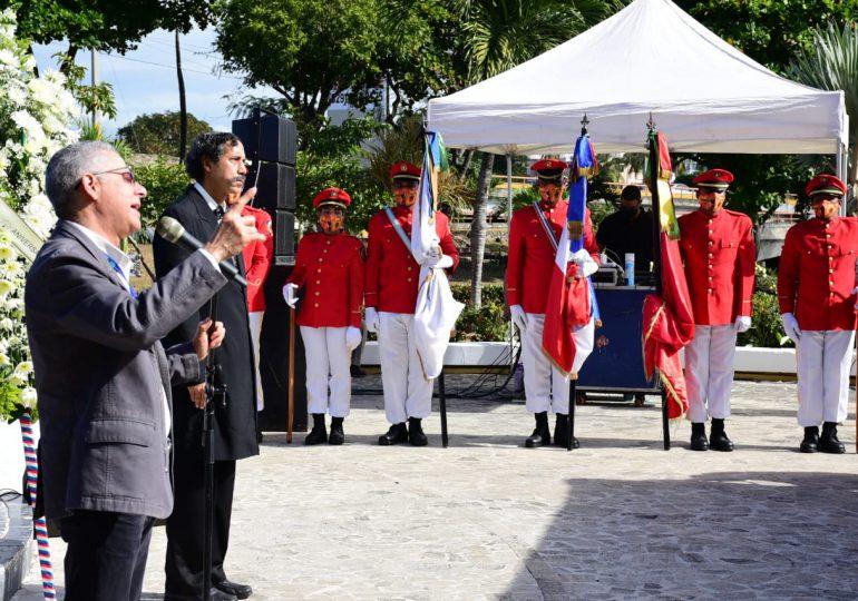 Alcalde SDE insta a imitar la honestidad y transparencia de Juan Pablo Duarte