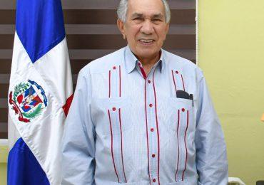 Director ejecutivo de CONAPE exhorta a envejecientes a vacunarse contra el Covid-19