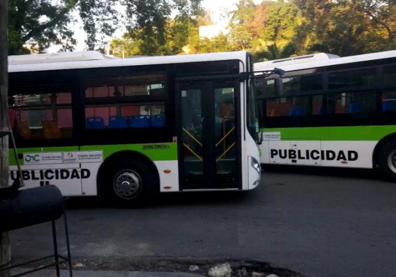 Autobuses del corredor de la Nuñez de Cáceres generan tapones en horas pico frente a un hospital