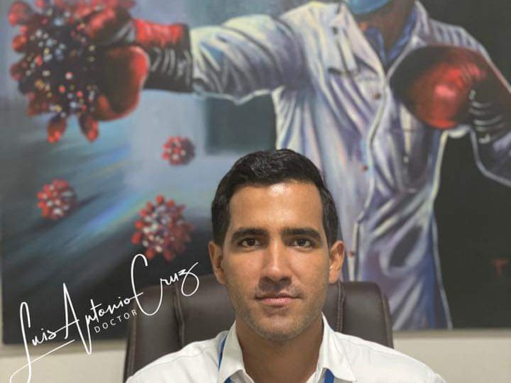 Clínica Cruz Jiminián ofrece pruebas PCR Covid-19 para viajeros