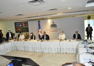 Construirán vertedero en SDE; gobierno se compromete a resolver problema de la basura