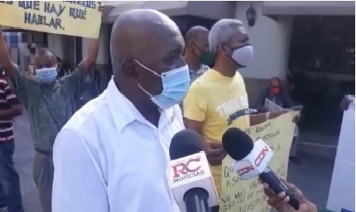 VIDEO | Buhoneros de la Zona Colonial piden inclusión en segunda etapa de remozamiento Ciudad Colonial