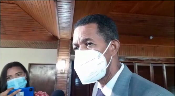 VIDEO | Nueva cepa del coronavirus ya está en el país, asegura infectólogo Clemente Terrero