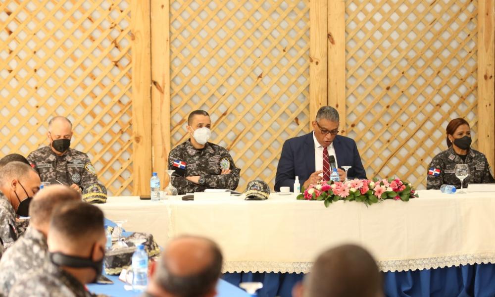 Ministro de Interior insta a la PN acatar protocolos con la ciudadanía en toque de queda, para evitar atropellos