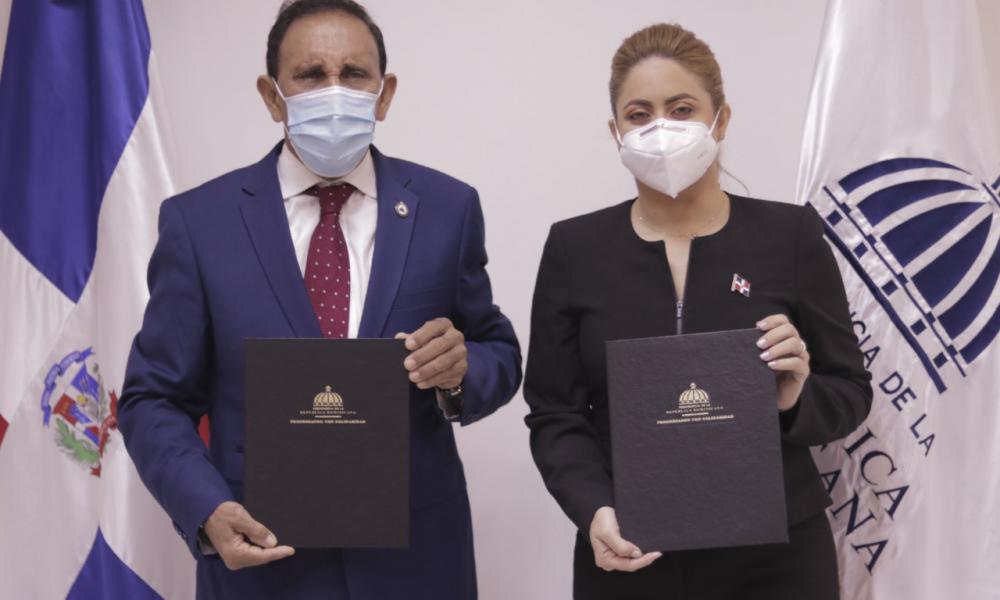 Prosoli y Fundación Cruz Jiminián ofrecerán servicios de salud a más de 218,821 hogares pobres