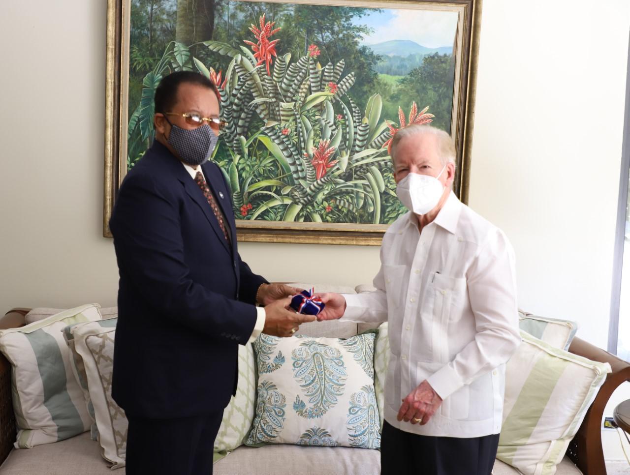 Pepín Corripio designado asesor honorífico del Consejo Nacional de Drogas