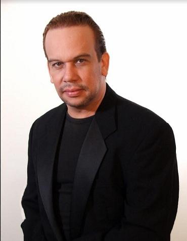 Carlos Espinal es el nuevo director general del Teatro Nacional