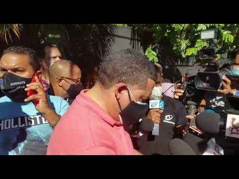 VIDEO | Miembros de la Armada son los perseguidos en allanamiento de casa vecina a Abel Martínez