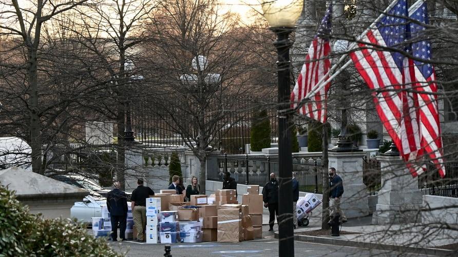 """Una mirada a la mudanza presidencial: """"caos controlado"""" en la Casa Blanca"""