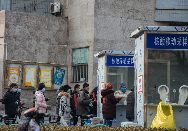 Critican los test rectales para detectar el Covid-19 en China