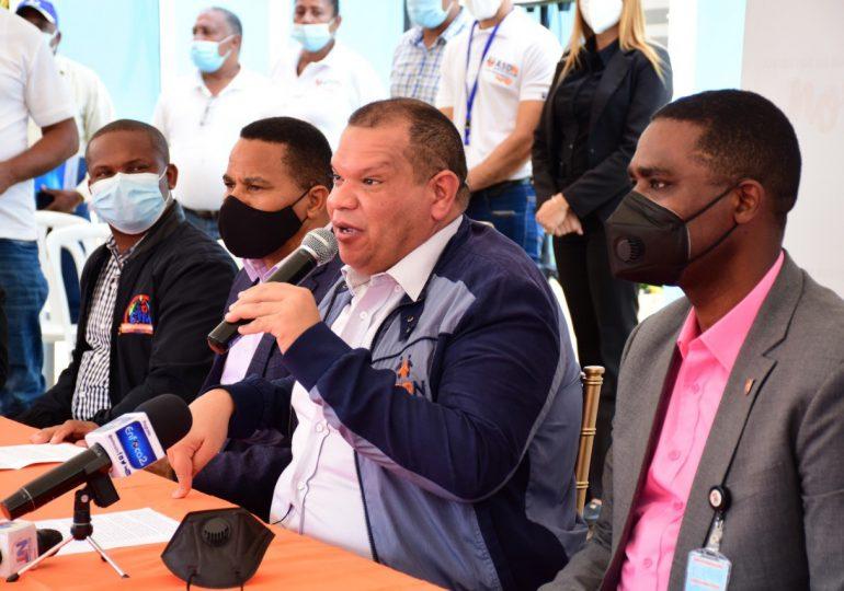 Alcalde y organizaciones de SDN piden se extienda línea uno del Metro