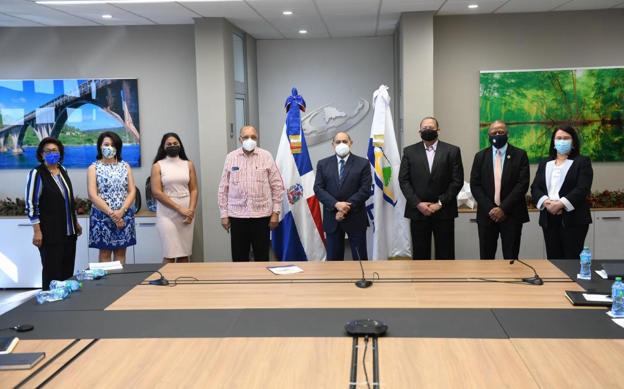 INFOTEP ofrecerá capacitación técnica a dominicanos que migrarán a EE.UU.
