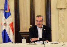 Luis Abinader promulga ley para viabilizar la adquisición de vacunas