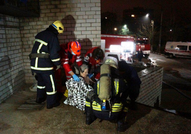 Mueren cuatro personas por incendio en unidad covid-19 de un hospital en Ucrania