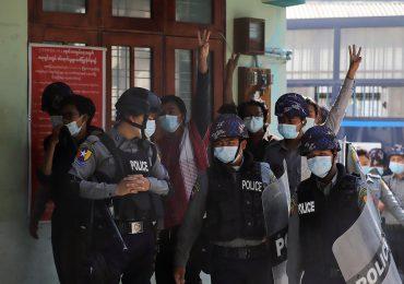 Se intensifican las protestas en Birmania y aumentan los arrestos