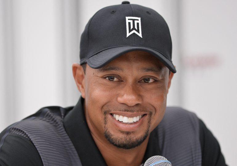 Tiger Woods hospitalizado tras sufrir accidente automovilístico