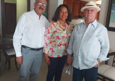 Hipólito Mejía se solidariza con Leonardo Faña y le visita de cortesía