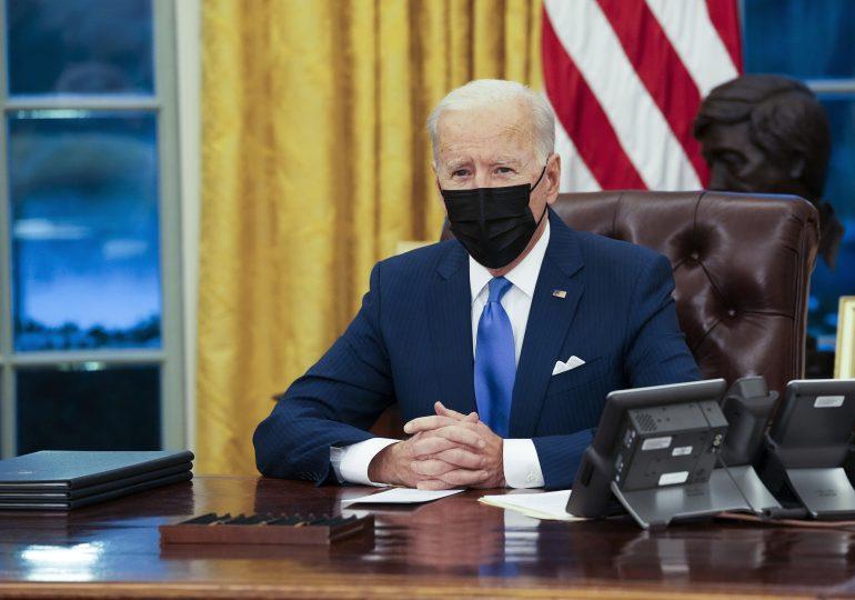 EEUU no levantará sanciones hasta que Irán no cumpla con sus compromisos, dice Biden