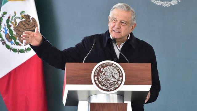 """Presidente mexicano """"sigue recuperándose"""" tras contagio de covid-19"""