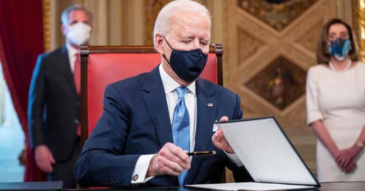 La ley de inmigración de Biden inicia el trámite legislativo en EEUU