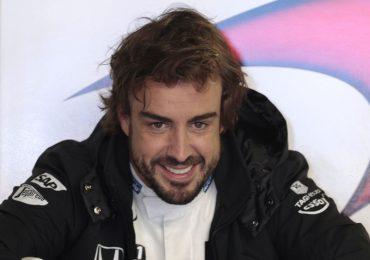 Fernando Alonso operado con éxito de la mandíbula tras su accidente de bicicleta