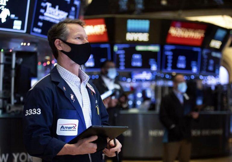 Wall Street continúa su racha positiva tras datos de empleo en EEUU