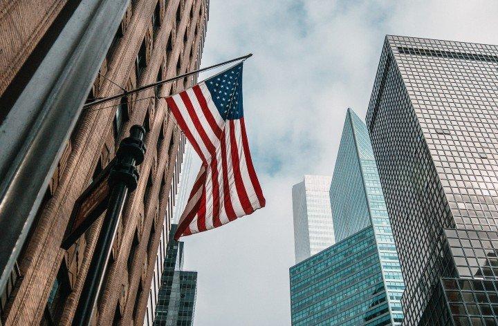 PBI de EEUU se nivelará este año y el empleo en 2024, según oficina presupuesto