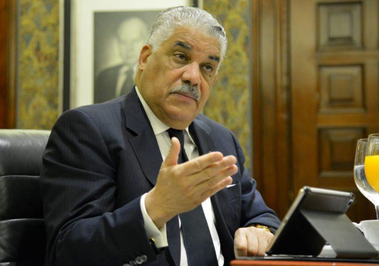 Miguel Vargas exhorta a la comunidad internacional resolver crisis haitiana