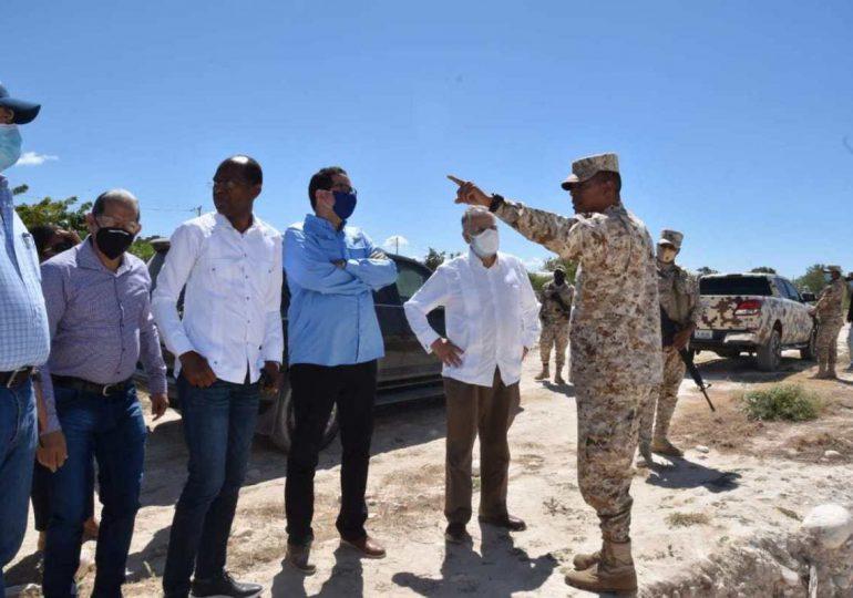 Ministro de Economía realiza recorrido en Pedernales