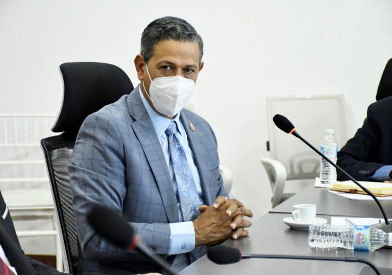 Salud Pública y plazas comerciales pactan implementación de protocolos sanitarios