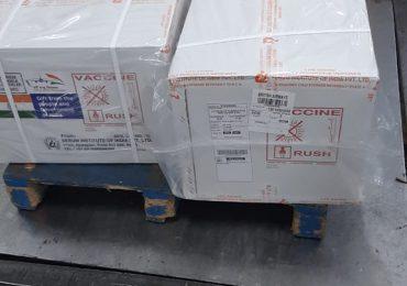 Las 30 mil vacunas anticovid donadas de la India llegarán este viernes en la noche