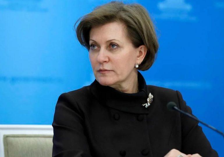 Rusia afirma que detectó primer caso de transmisión de cepa H5N8 de gripe aviar a humanos
