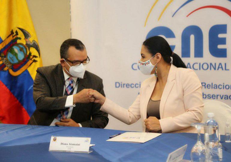 Firman memorándum de entendimiento con Consejo Nacional Electoral de Ecuador