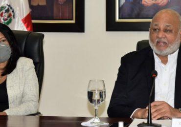 Ministerio de Educación salda deuda de 351 millones, Semma se recupera