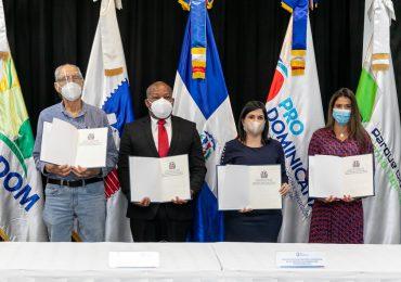 Firman acuerdo para promover exportaciones de MiPymes