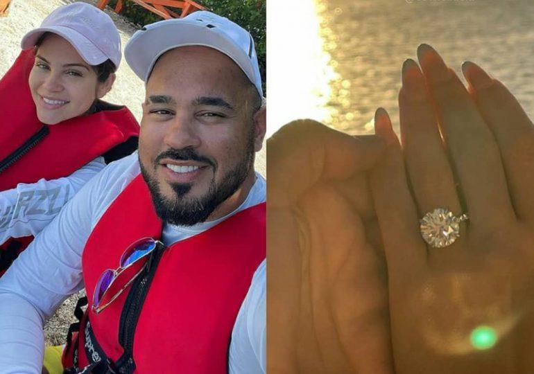 A tres días de anunciar su compromiso, Natti Natasha podría estar embarazada