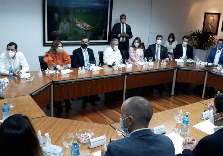 VIDEO | Comisión multisectorial Marca País se reúnen para revisar los proyectos estratégicos