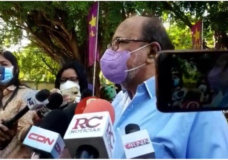 Video | Reinaldo Pared fue el primero en votar; lo hizo desde su casa