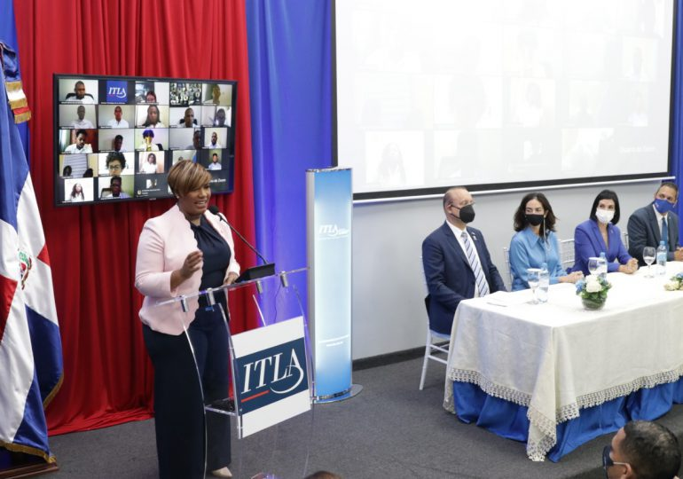 Ministerio de la Juventud gradúa 1,325 participantes del Programa Puntos Tecnológicos