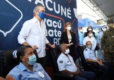 VIDEO | Presidente Abinader se vacunará de acuerdo al protocolo