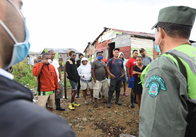 VIDEO | Genera caos desalojos de viviendas próximas a la Laguna de Cabarete