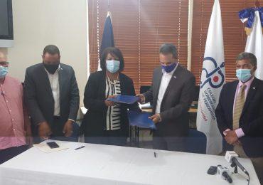 ITLA y el CDP firman acuerdo para capacitar periodistas en áreas de tecnología e inglés