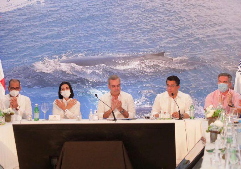 Gobierno anuncia plan para el desarrollo turístico en Samaná