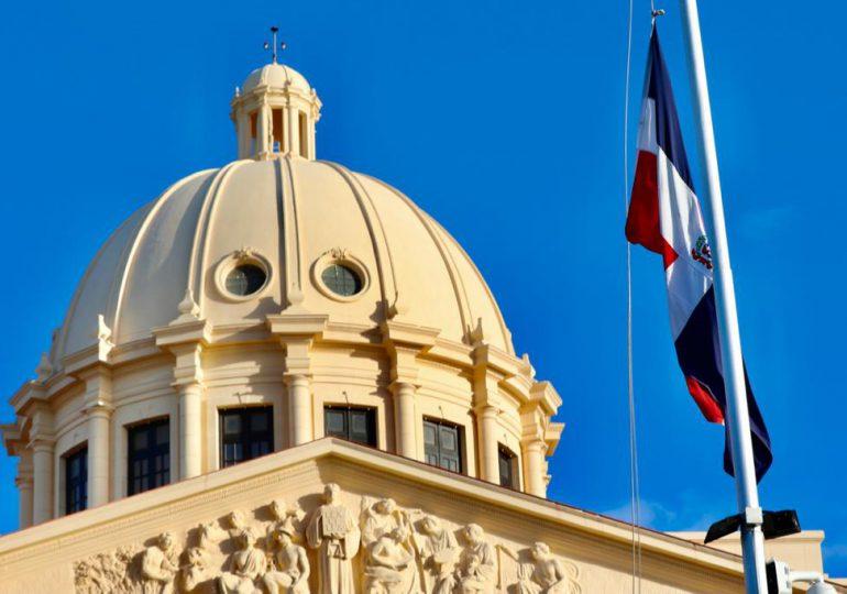 Gobierno rinde honores a la Bandera Nacional y  natalicio del patricio Matías Ramón Mella