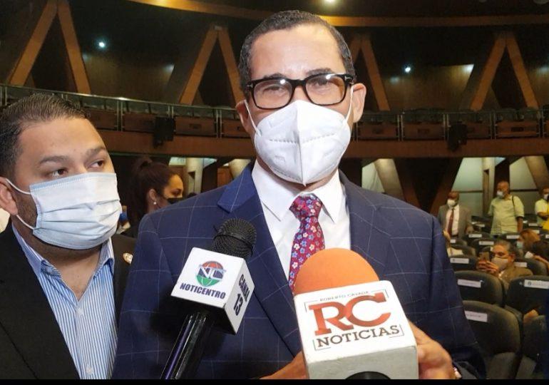 Eddy Olivares respalda decisión de entregar el 100% de los recursos a los partidos políticos